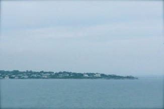 THE ISLAND CITY OF NEWPORT AT THE MOUTH OF NARRAGANSETT BAY